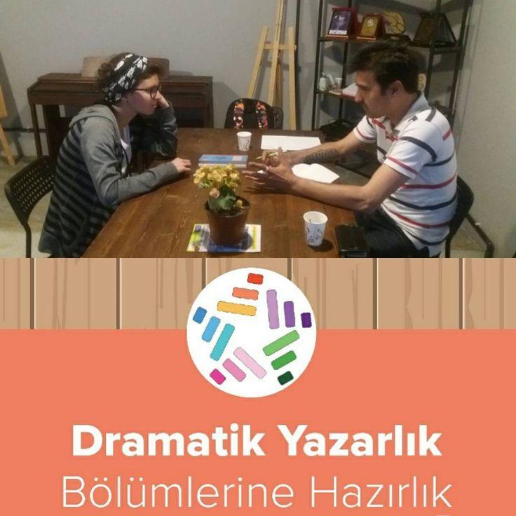 Yetenekli öğrencimiz Zeynep'i Güzel Sanatlar Fakültesi Sahne Sanatları Dramatik Yazarlık Bölümüne hazırladığımız doğrudur.:))) Hazırlanmak isteyenler için geç değil bilginize... @vegasanat  #gsf #hazırlık #sahnesanatlari #fakülte #dokuzeylülüniversitesi #izmir #dramatik #yazarlık #eğitim #kurs #guzelsanatlar http://turkrazzi.com/ipost/1523229691883592050/?code=BUjmVWYDJly