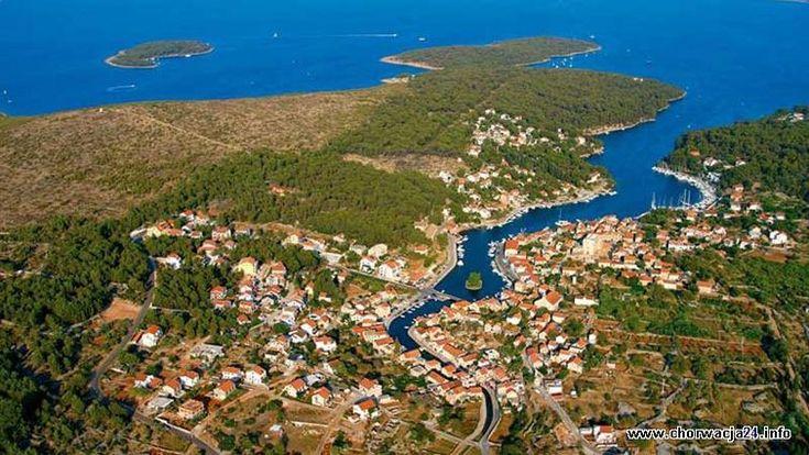 Vrboska Więcej informacji o Chorwacji pod adresem http://www.chorwacja24.info/srodkowa-dalmacja/vrboska