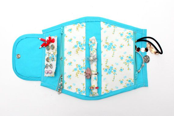 Baby Blue Portable Jewellery Holder With a Floral Pattern!