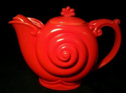 Beautiful Nautilus Chinese Red Teapot made by Hall. Beautiful!
