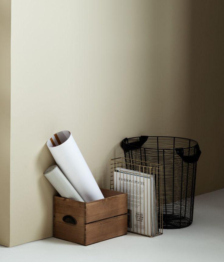 Zeitungsständer aus Metall | Goldfarben | Home | H&M DE