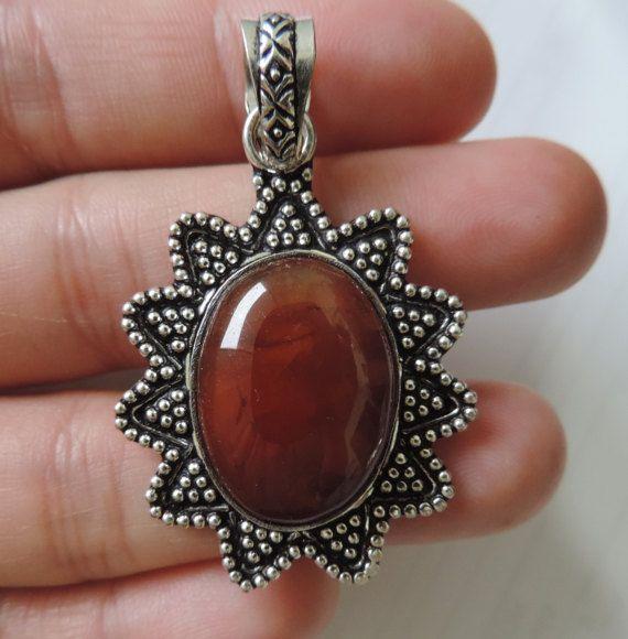 Retro pendant vintage jewelry silver and by TransylvanianTrove