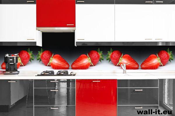 Fototapeta do kuchni nad blat roboczy z truskawkami. http://www.wall-it.eu/product/photowallpapers/panoramy/truskawki%20panorama.jpg #fototapeta #fototapety #mural #murals #kitchen #kuchnia #strawberries #truskawki #aranzacja