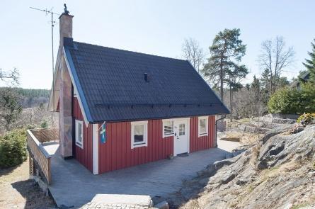 Malmbergsvägen 38, Gladö Kvarn, Stockholm  6 rum · 108 m2 · Budstart: 2 495 000 kr