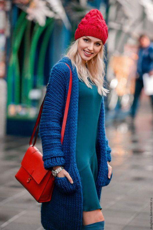 Knitted hat  / Шапки ручной работы. Шапка красная (кашемир, шелк, бамбук). Magliera. Интернет-магазин Ярмарка Мастеров. Однотонный, шапка вязаная