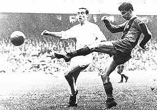 16. Sandor Kocsis was at FCB 1958–1965. He scored 42 goals in 75 matches.  Kocsis spent one season with Young Fellows Zürich before another Hungarian refugee, László Kubala, persuaded him and Zoltán Czibor to join him at FC Barcelona. He subsequently scored on his La Liga debut in a 4–1 win. Upon retiring, he resided in Barcelona.