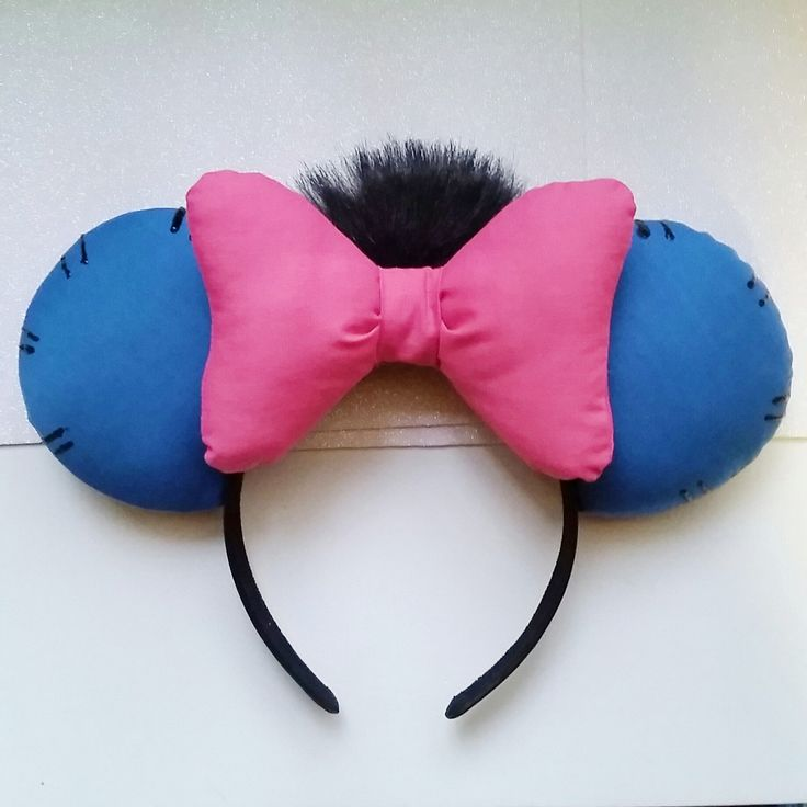 Eeyore+inspired+ears!+With+faux+fur+to+represent+his+hair.  Keep+in+mind,+all+ears+will+differ+slightly.  Turnaround+for+all+ears+is+7-10+days+plus+shipping+2-5+days.+Unless+told+otherwise.  Plan+ahead+(:  I+only+ship+within+the+United+States+as+of+right+now.