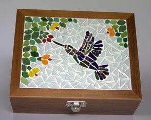 Caixa de Costura Beija-flor em mosaico