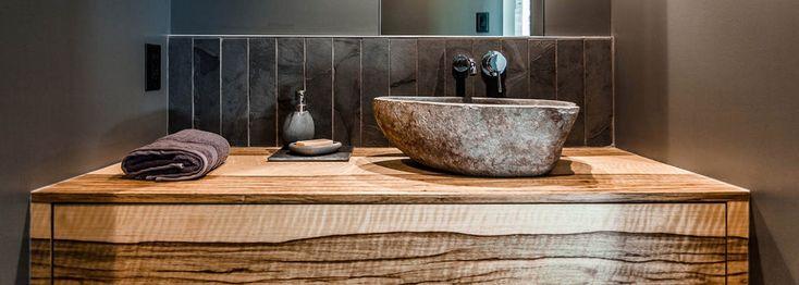 salle de bain vanite moderne espace cuisine-residence montagne verte-15_71