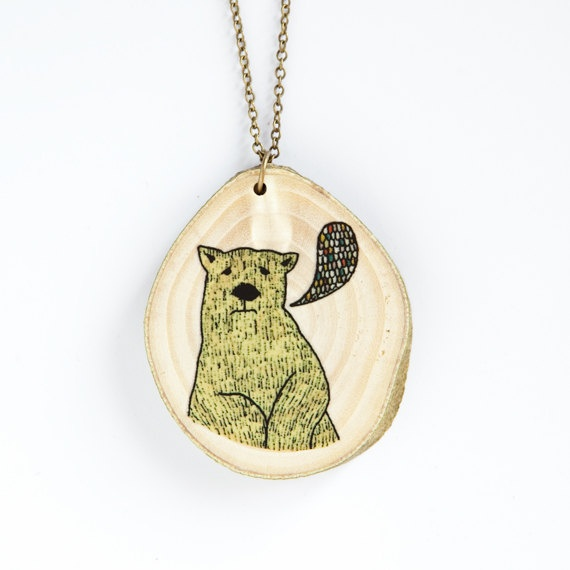 Cute wooden necklace with illustration.Illustrations Art, Bears Illustration, Illustration Wooden, Wooden Necklaces, Necklaces 2 Jpg, Wood Necklaces, Necklaces 2Jpg