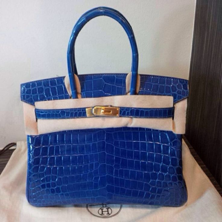 birkin30 blue saphire crocodile poro shiny  #Q new and authentic. is for sale. Talk to us at whatsapp +6285931123287 if interested.