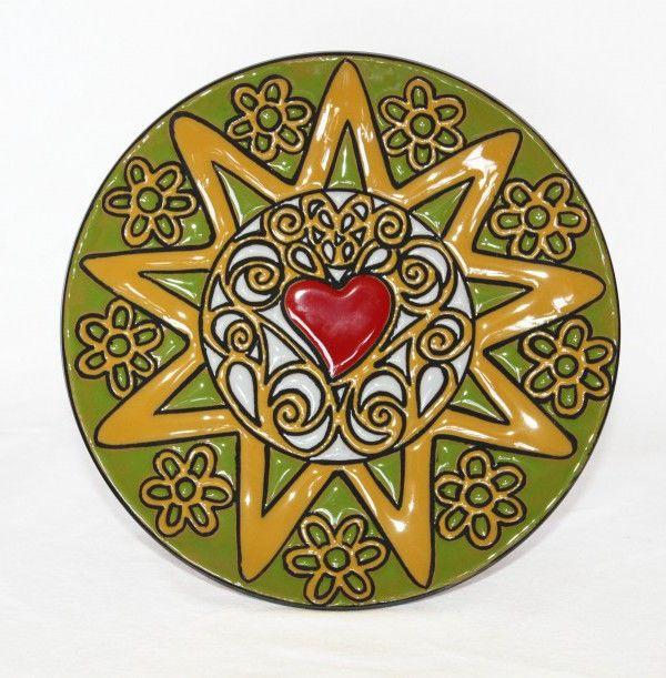 Presentosa in ceramica abruzzese decorato con la cuerda seca.