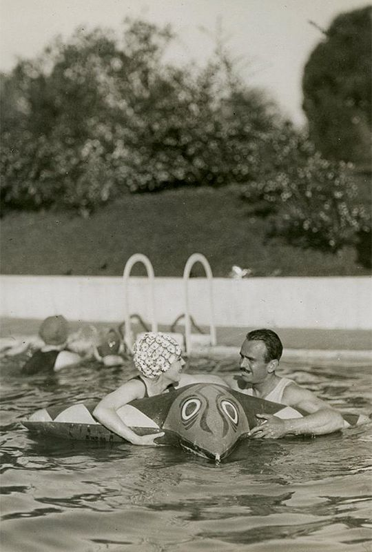 1289 best images about hollywood history on pinterest - Beverly hills public swimming pool ...