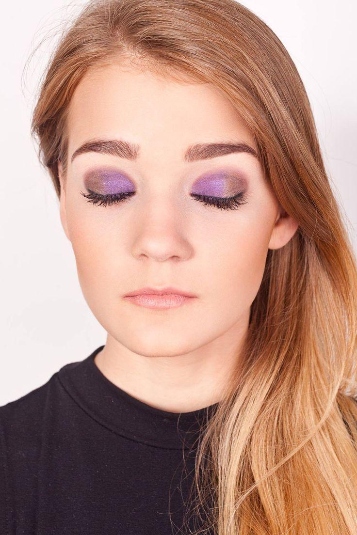 Makijaz fioletowy/ Violet make up #makijazfioletowy - Mój pierwszy profesjonalny makijaż Modelka: Edyta Insadowska, Makijaz: Camille #makijazprofesjonalny