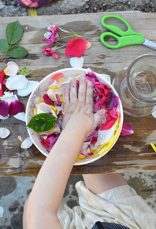 Flower Potions - Outdoor Summer Play