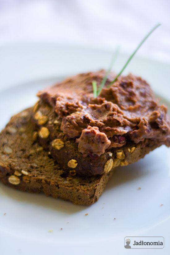jadłonomia • roślinne przepisy: Co do chleba? Pasta z czerwonej fasoli