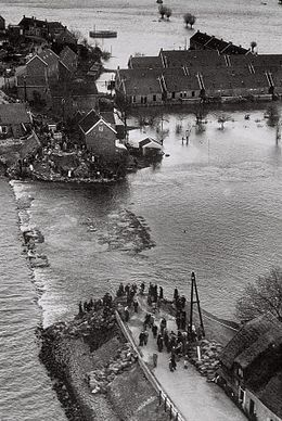 Flood in 1953... the Netherlands. .. upload.wikimedia.org