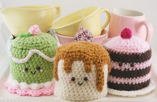 TOO CUTE! Amigurumi Dessert Trio Crochet Pattern by Priscilla Ascuaga #naturadmc #crochet
