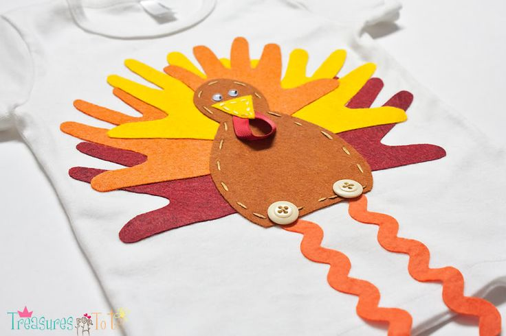 Tiny Hands Turkey Felt Applique - felt version of the turkey hands kids' shirt.