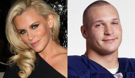 """Jenny McCarthy, Brian Urlacher Split"" inquisitr.com (August 16, 2012)"