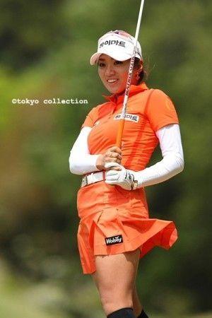 Ladies Golf Fashion