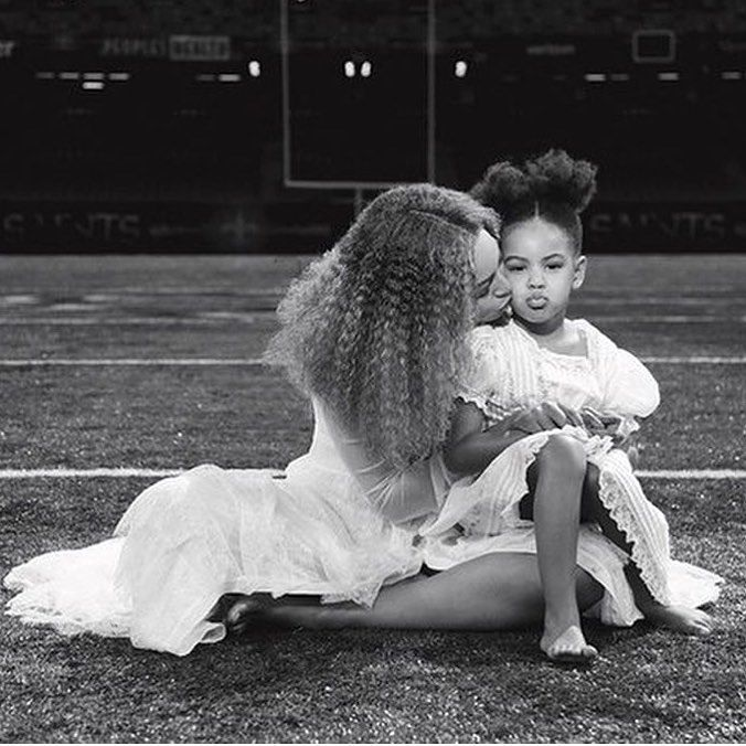 """@Beyoncé takes you #bts in a stunning 600-page coffee table book titled """"How To Make Lemonade."""" Beyoncé.com #Beyoncé #lemonade #queenbey #keepshining #blueivyandmommy #theladylovescouture"""