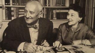 "Elizebeth Friedman, la criptógrafa clave para desbaratar una red nazi en América del Sur que fue ""borrada"" de la historia por el director del FBI J. Edgar Hoover - https://www.vexsoluciones.com/noticias/elizebeth-friedman-la-criptografa-clave-para-desbaratar-una-red-nazi-en-america-del-sur-que-fue-borrada-de-la-historia-por-el-director-del-fbi-j-edgar-hoover/"