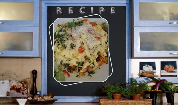 Food in a Flash Season 1 Episode 4 - Pasta with Fresh Tomatoes and Basil     Download the recipe from http://www.sharonglass.co.za/uploads/menus/01-201256223034.pdf  #cooking #meals #foodinaflash #pasta #tomatoes #basil #dinner #lunch #Italian