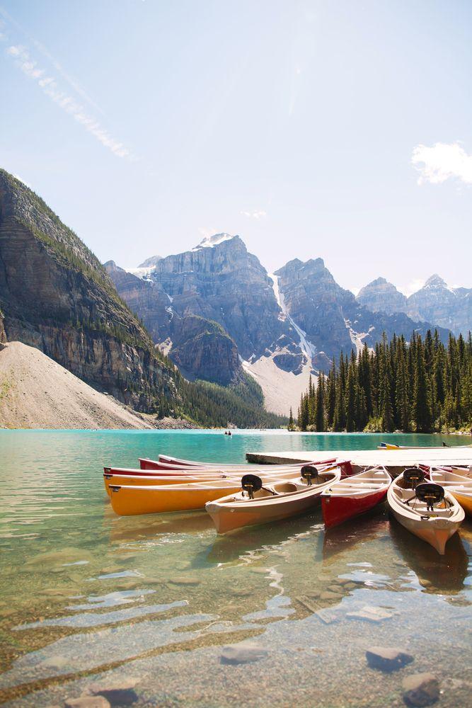 Lake Moraine, Canada.