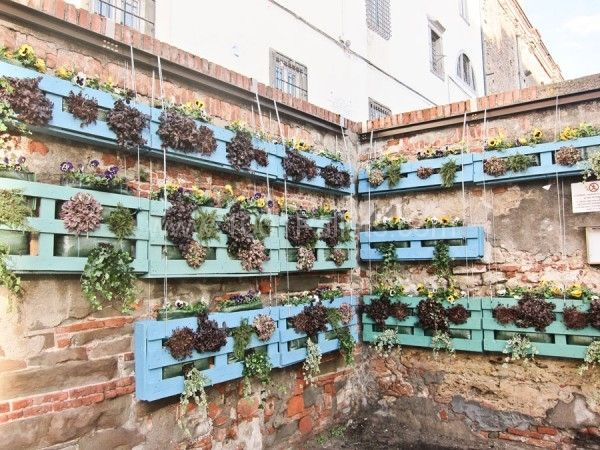 Venice repurposed vertical garden