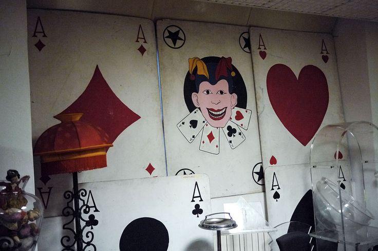 Crazy Art Antique shop Via Panzeri, 10 (entrata passo carraio viale D'Annunzio 27) 20123 Milano t +39 0287392122 da lunedì a venerdì 9,30-12,30 / 14,30-18