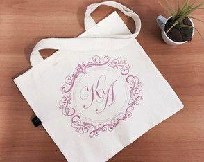 Sacola Ecológica Personalizada Casamento feita com tecido de algodão cru e estampada com tinta em silk.  Arte personalizada pelo cliente.