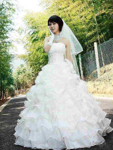 Amazon.co.jp: フリルティアードウエディングドレス: 服&ファッション小物