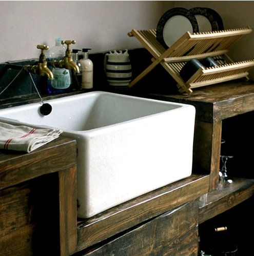 Belfast sink  with jug storage