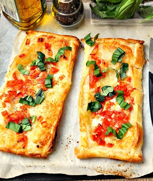 Effortless Caprese Tarts - Fuss Free Cooking | Recipes