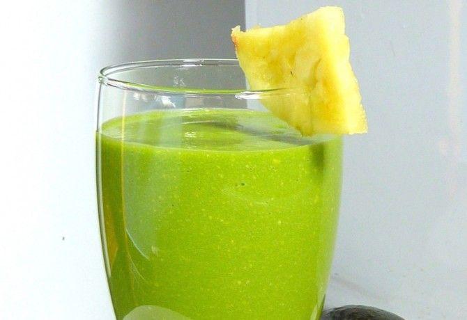Ananászos zöld smoothie