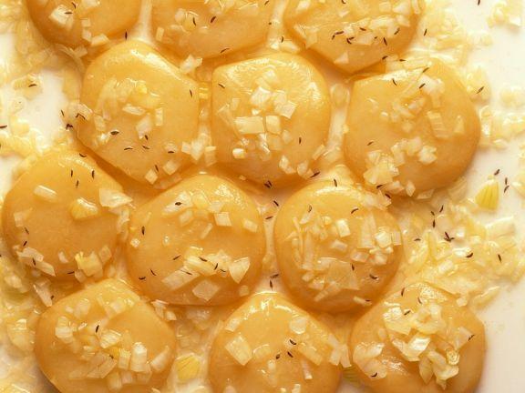 Marinierter Sauermilchkäse ist ein Rezept mit frischen Zutaten aus der Kategorie Käse. Probieren Sie dieses und weitere Rezepte von EAT SMARTER!