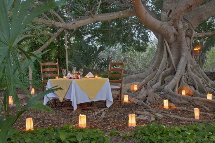 Taking a break from the beach? What about a romantic candlelight dinner to end your day?