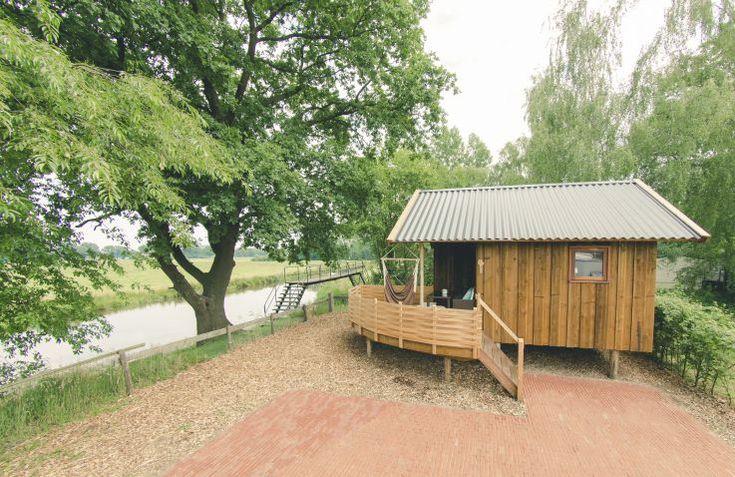 Schattige cottage aan rivier de Regge! Zeer leuk voor een gezin!