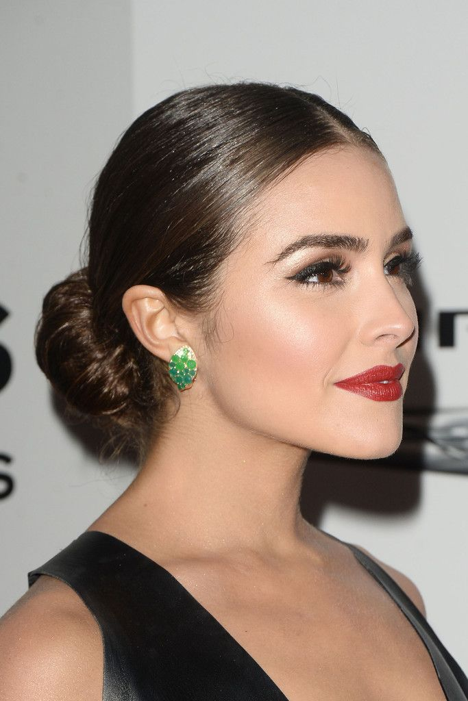 Olivia Culpo Classic Bun - Olivia Culpo opted for a classic center-parted bun when she attended the NBCUniversal Golden Globes after-party.