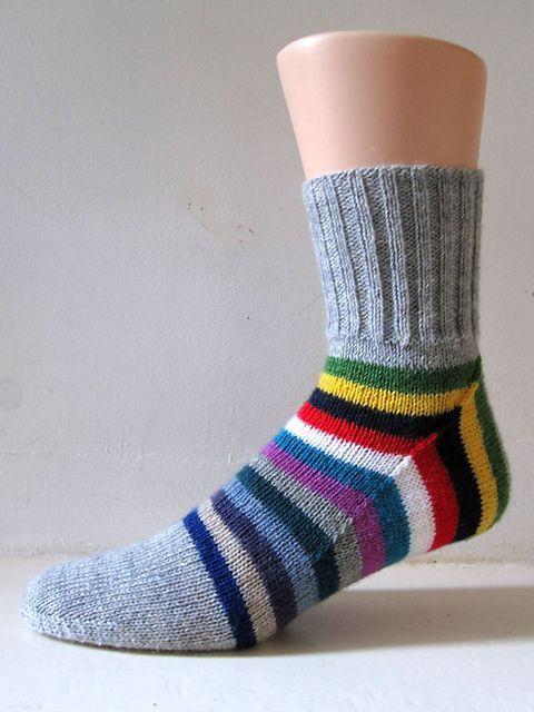 267 best Knit Socks images on Pinterest | Knitting, Stricken and ...
