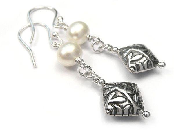 Freshwater Pearl Earrings - Artisan