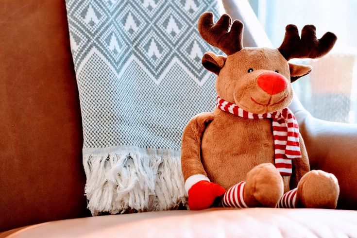 Download this free photo here www.picmelon.com #freestockphoto #freephoto #freebie /// Reindeer | picmelon
