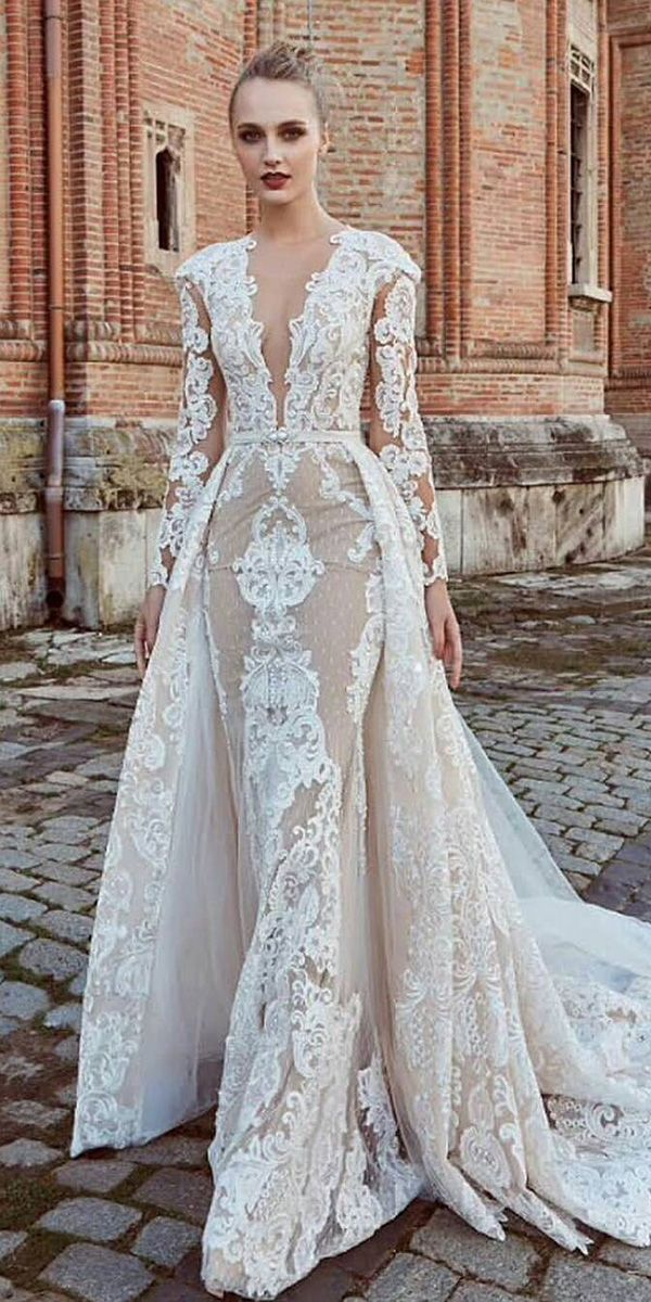 30 Unique Lace Wedding Dresses That Wow Wedding Dresses Guide Wedding Dresses Lace Wedding Dresses Winter Wedding Dress