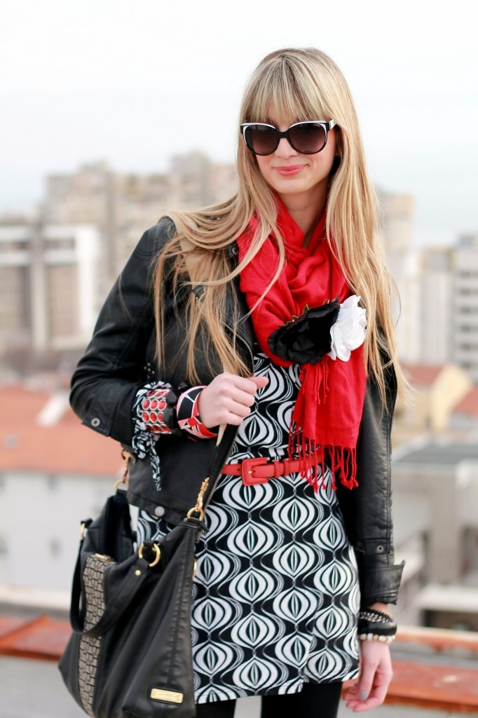Black, White, Red: Picture, Bold Patterns, Red Adorable, Black Red, What S Black, Scarf, Black White Red, Red Black