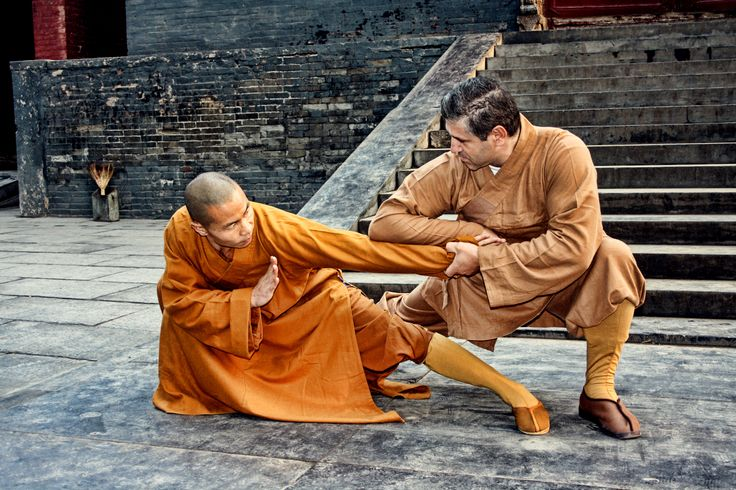 Learn Shaolin Kung Fu / Qin Na in China and at our International Location in Greece (Shifu Kostas Mathiopoulos). Shifu Shi Yan Jun is 34th Generation Shaolin Warrior Monk and 17th Generation Disciple of Mei Hua Quan.  6 Duanwei Chinese Wushu Association & 8 Duanwei Shaolin Wushu Association. http://kungfushaolins.com