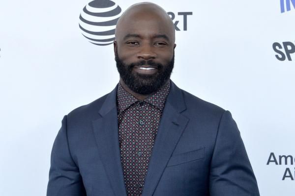 """Mike Colter issues a warning to criminals in the first teaser trailer for Season 2 of Netflix and Marvel's """"Luke Cage."""""""
