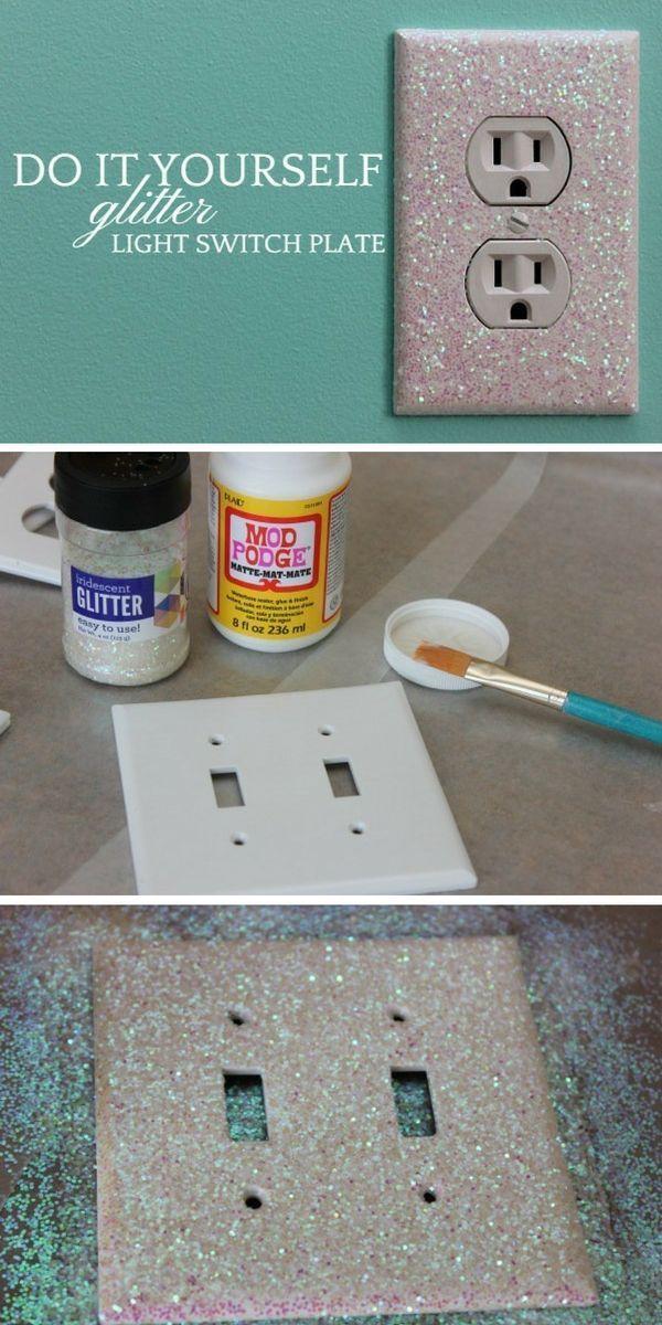 Finden Sie heraus, wie Sie eine einfache #DIY Glitter Light Switch Plate herstellen. Nette Idee! #homed