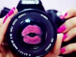 Τι πρέπει να κάνεις για να δείχνεις όμορφη στις φωτογραφίες.