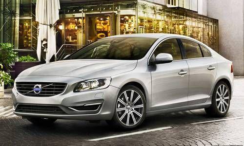 #Volvo #S60. La berlina che offre un'esperienza di guida amplificata e sicura con tecnologia svedese a bordo si altissimo livello.